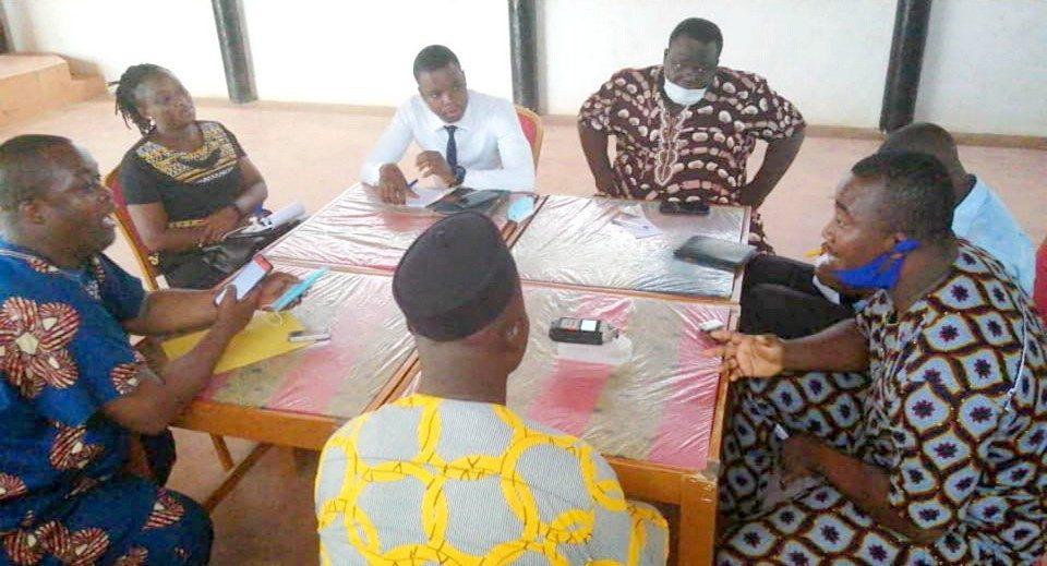 """""""La fin du mois et la fin du monde"""" : Après Cotonou, la parole est aux jeunes de Ouidah et Porto-Novo"""